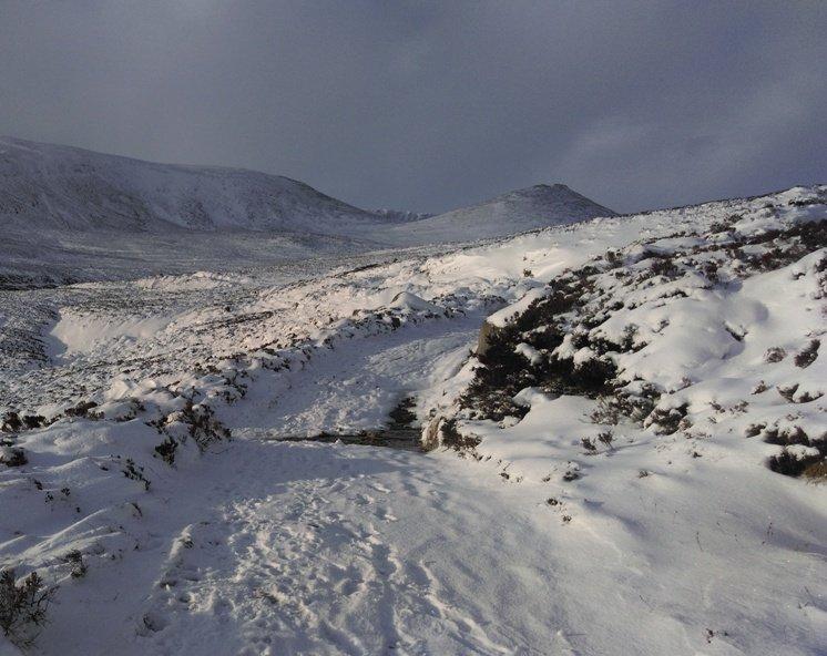 Lochnagar snowy path